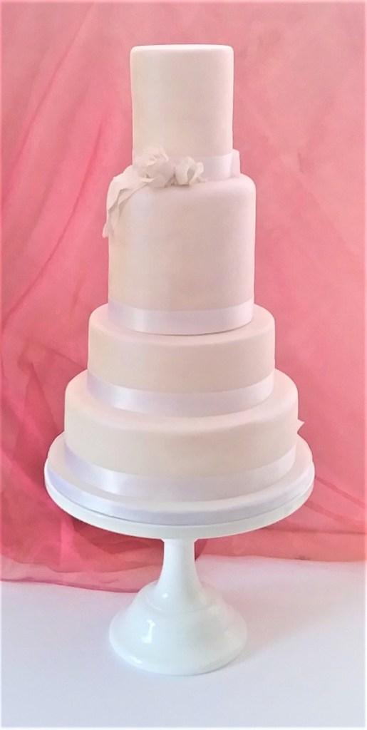 Cream Pearl Rose & Feathers Wedding Cake