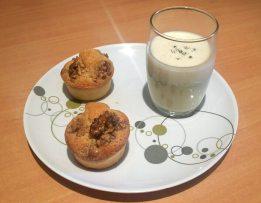 Financiers au noix et crème anglaise