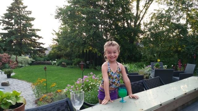 Casual Backyard Reception