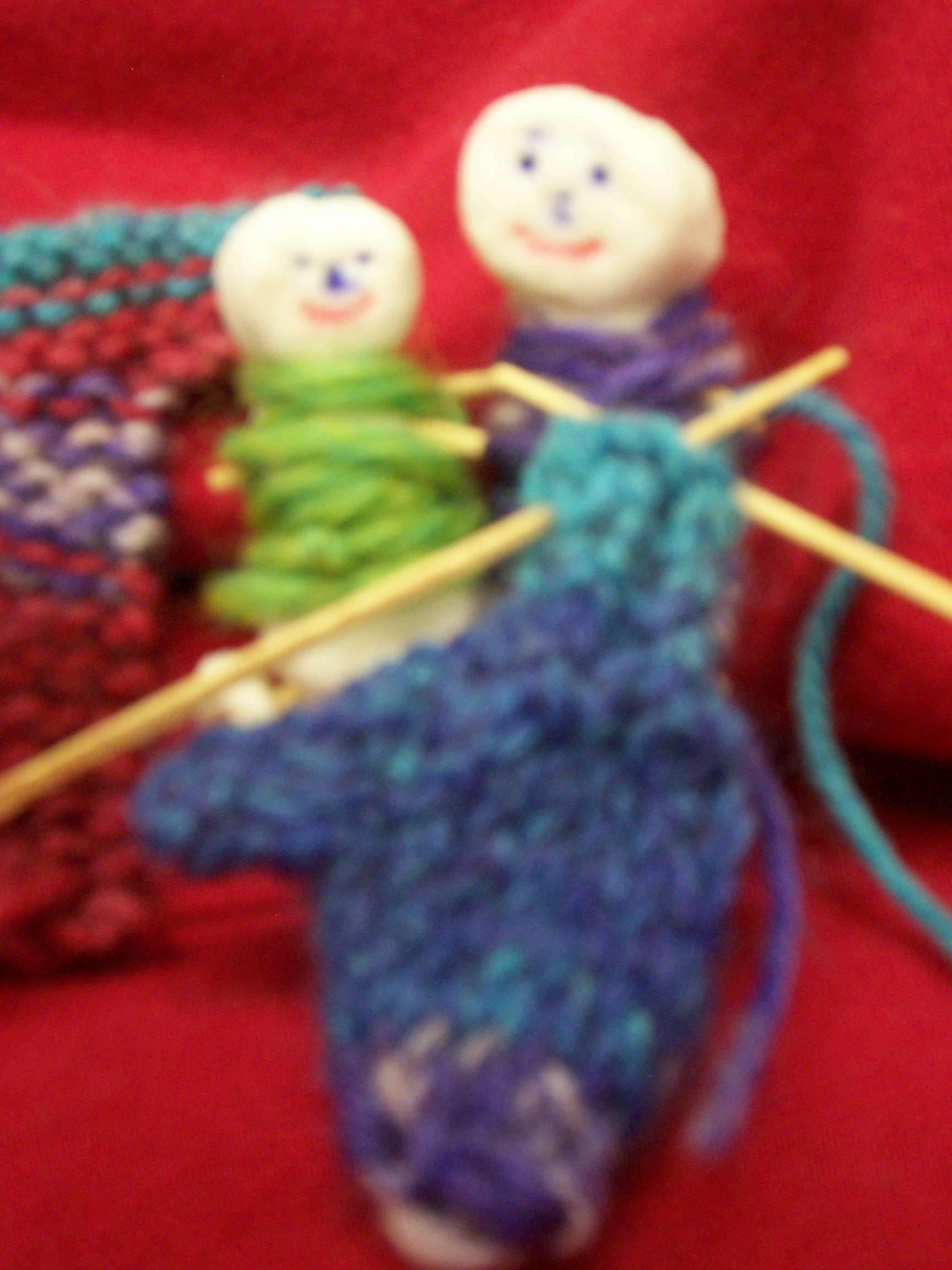 marshmallow-knitting