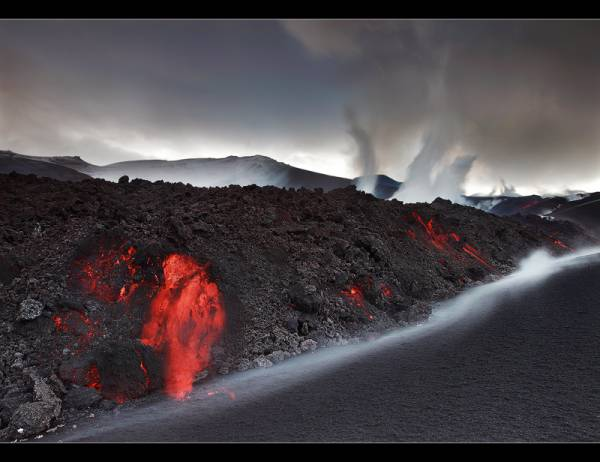 vulkanu-izvirdumi