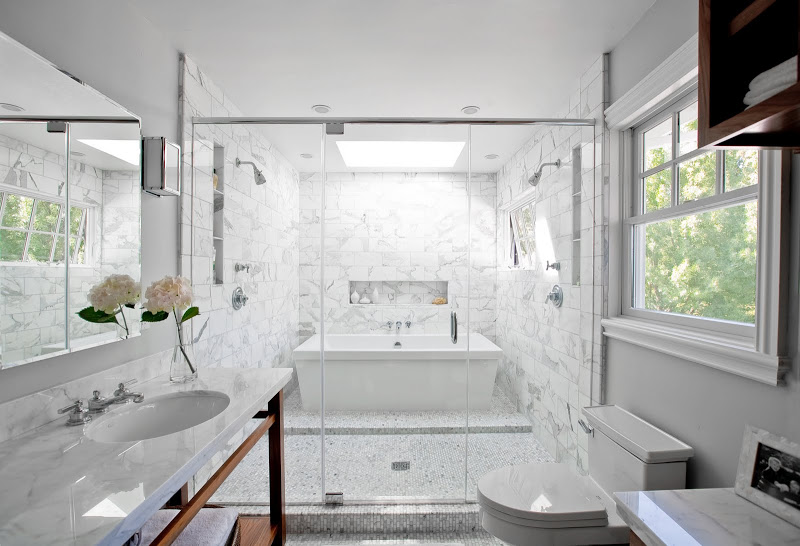 SMART DESIGN: A BATH TUB INSIDE A MARBLE SHOWER - OH WHAT ... on Wet Room With Freestanding Tub  id=23547