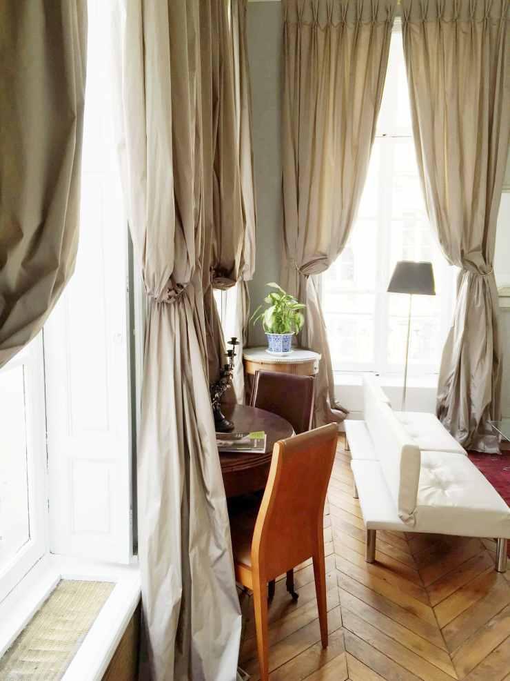 drapery-drapes-living-room-paris-apartment-cococozy