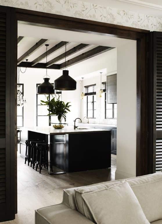 black-kitchen-exposed-beams-cococozy-hesshoen