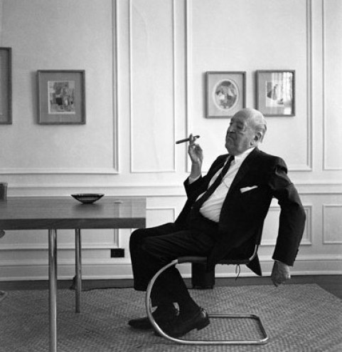 Ludwig Mies van der Rohe Cantilever Chair