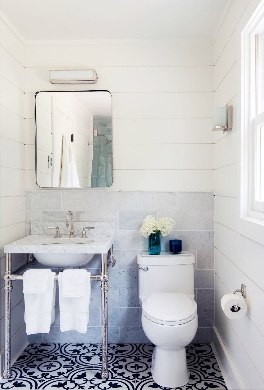 farmhouse-restoration-farm-small-bathroom-cement-tile-floor-cococozy-nyt
