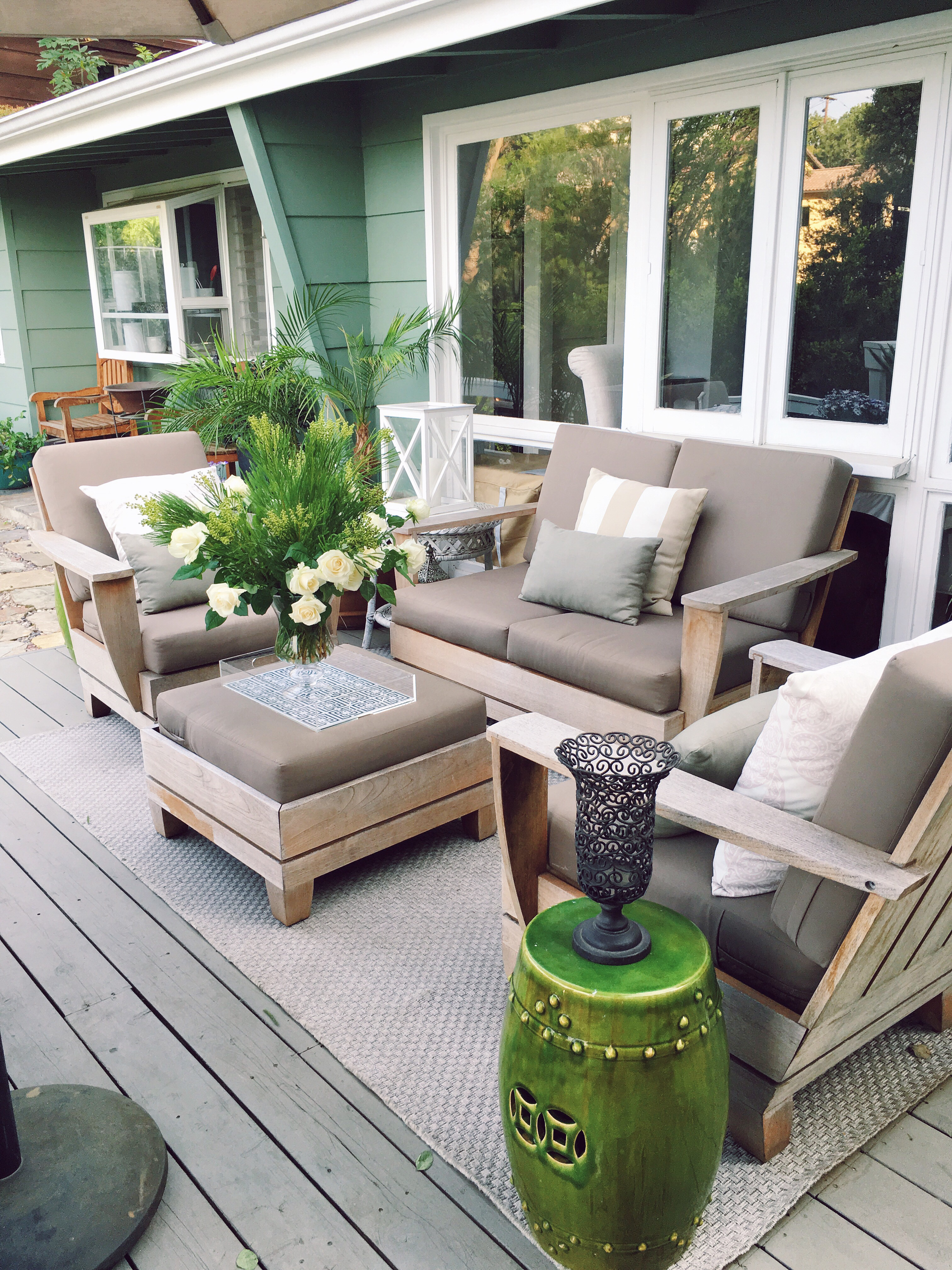 Outdoor Living Room Deck Makeover March 2016