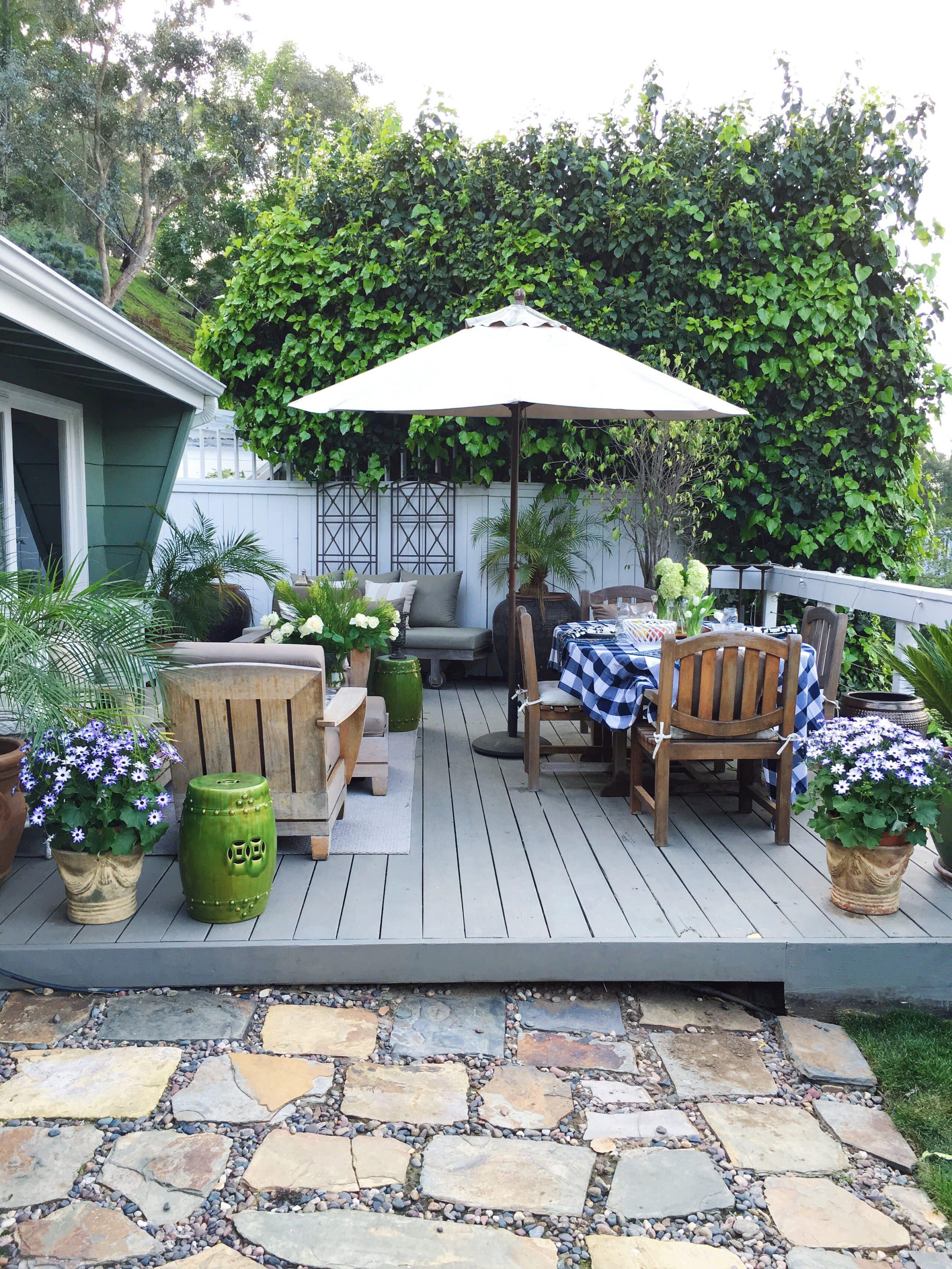Outdoor Deck Decor My Winter Garden Spruce Up Cococozy