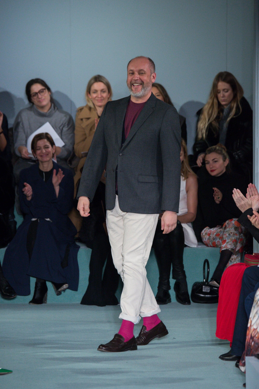 peter-copping-oscar-de-la-renta-fall-2016-pink-socks