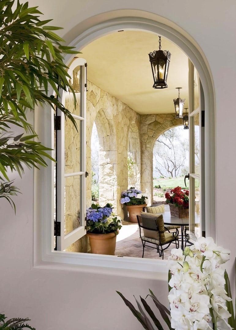 montecito-mansion-815-cima-del-mundo-arched-window-cococozy