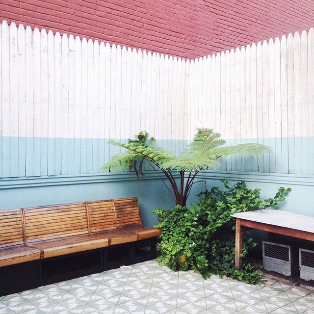 ten-over-ten-patio-pink-blue-white-stripe-cococozy