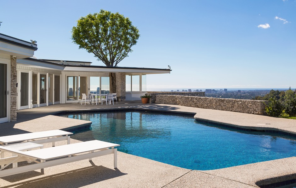Elvis Presley Home 1174 Hillcrest Beverly Hills Pool City View