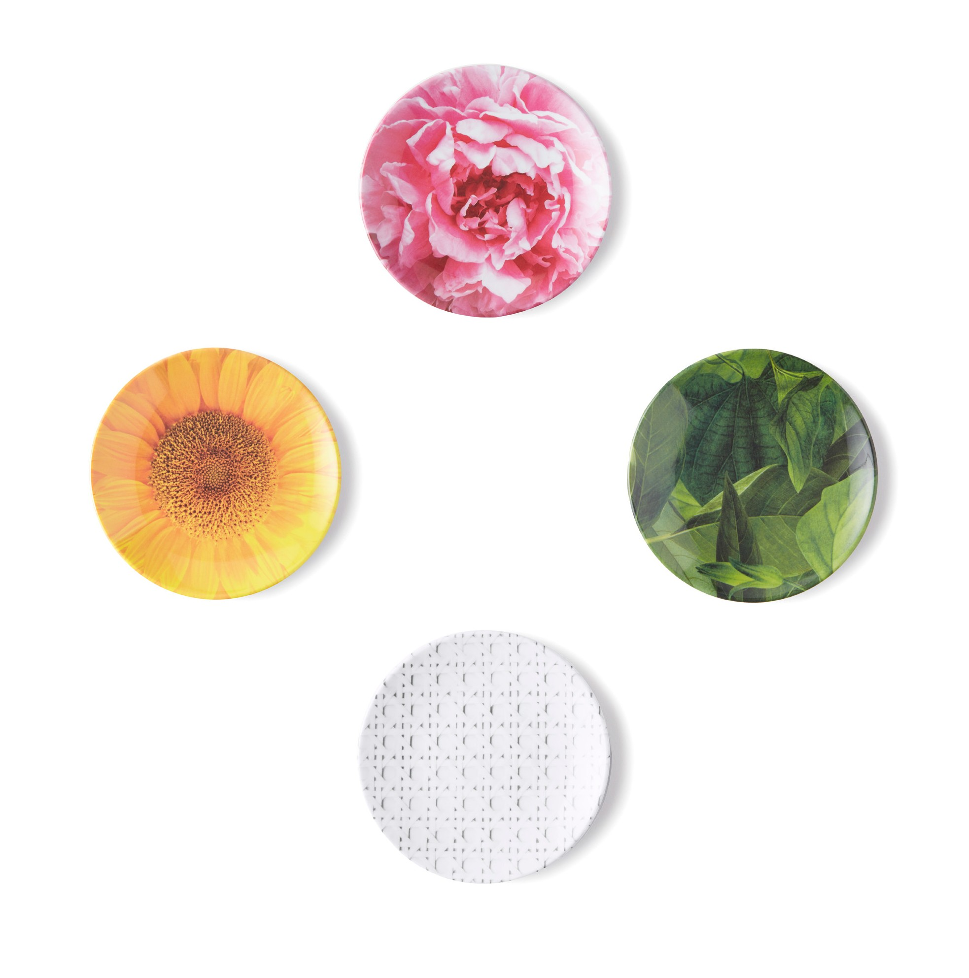 Stumbled on these Kate Spade sets of appetizers Melamine Plates...too cute to pass up