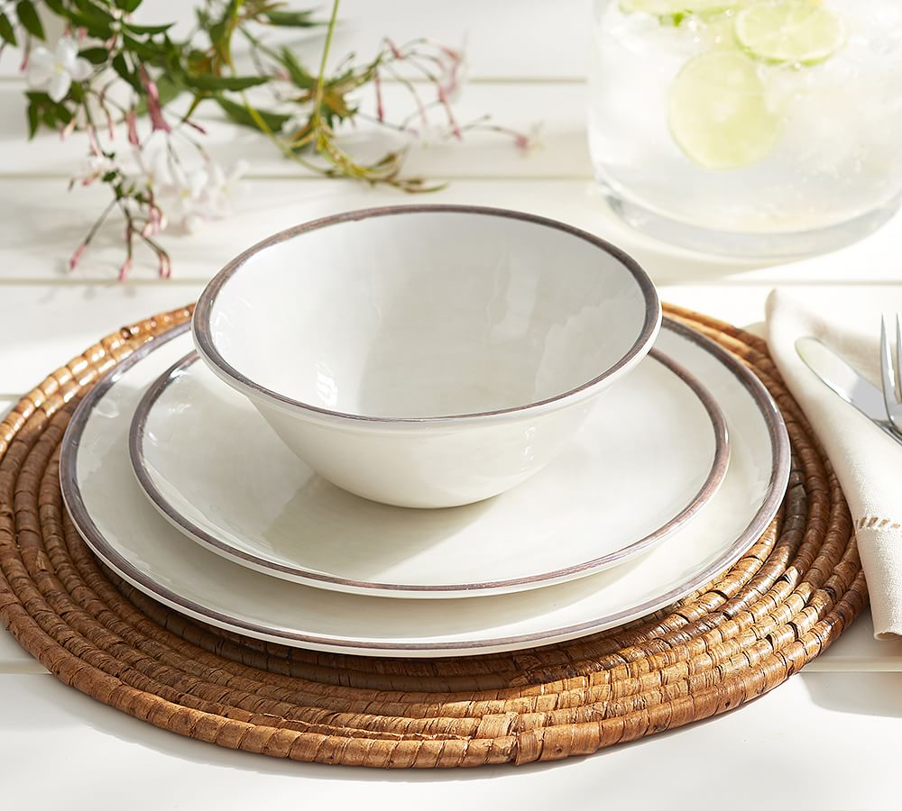 Clean, Rustic, Inviting..so in line with the Williams-Sonoma Brand.