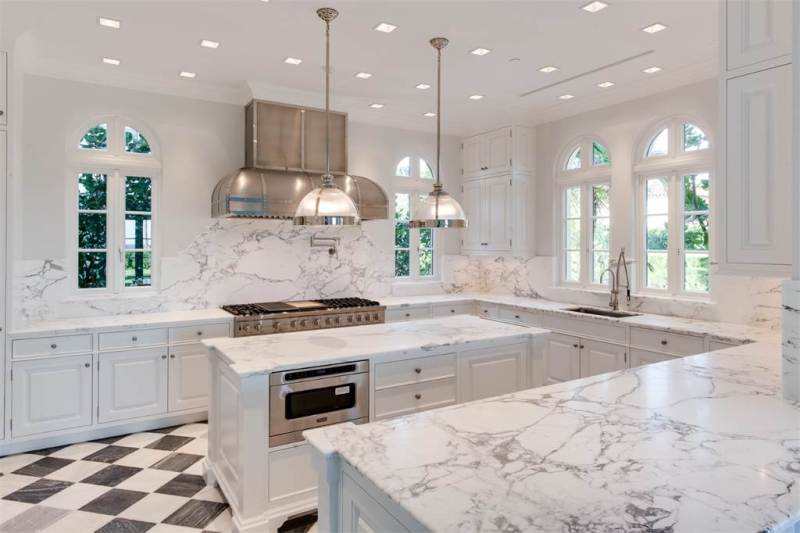 Palm Beach Estate Black White Marble Kitchen