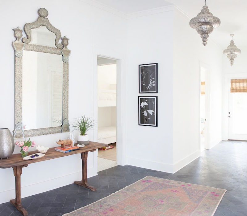 inlet beach house tour entry way persian rug antique mirror