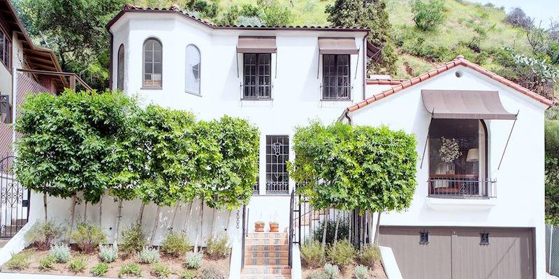hollywood hills house tour debra messing exterior