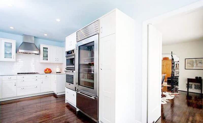 debra messing hollywood hills kitchen