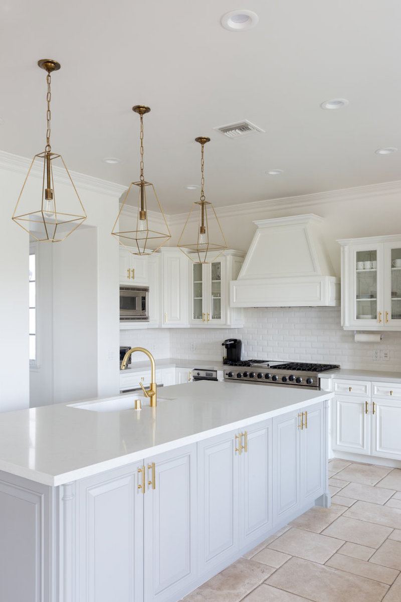White Kitchen Light Fixtures