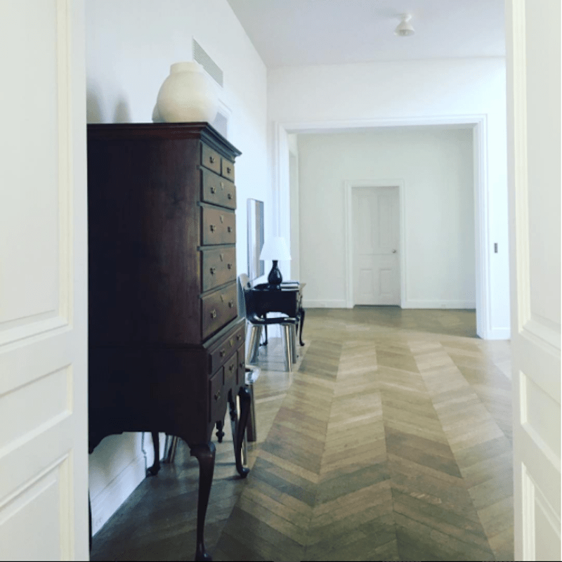 delphine-krakoff-clark-house-hallway