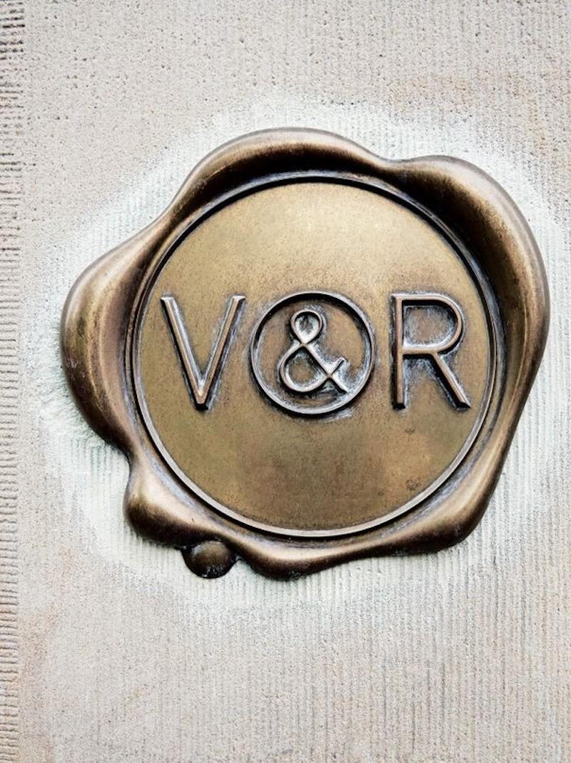 haute-couture-house-viktor-rolf-vogue-australia-wax-seal