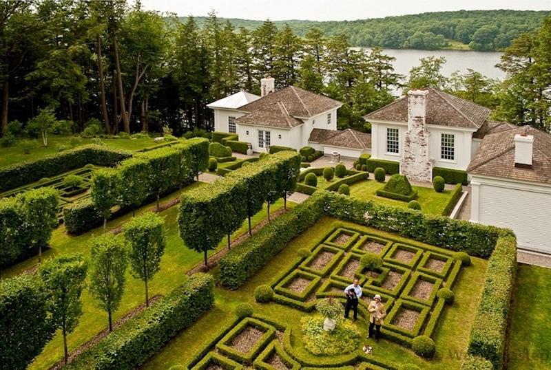 robert couturier year round garden