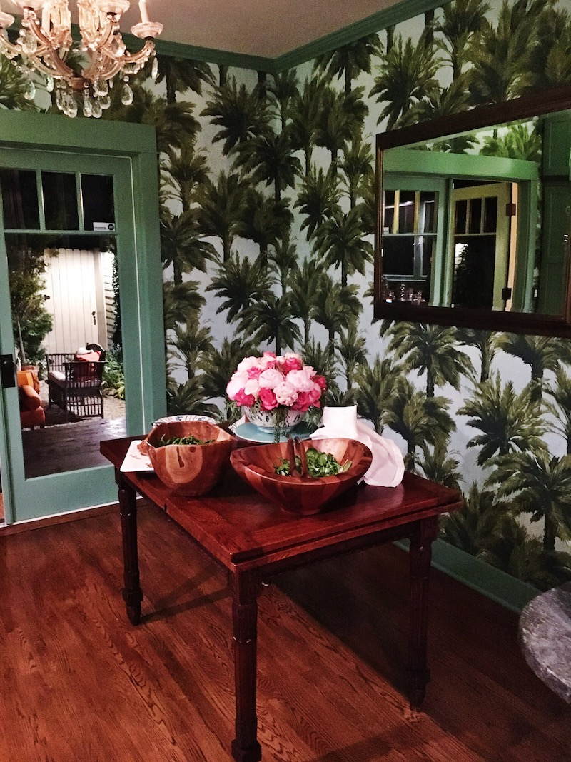 Venice Beach Cottage Dining Room   COCOCOZY