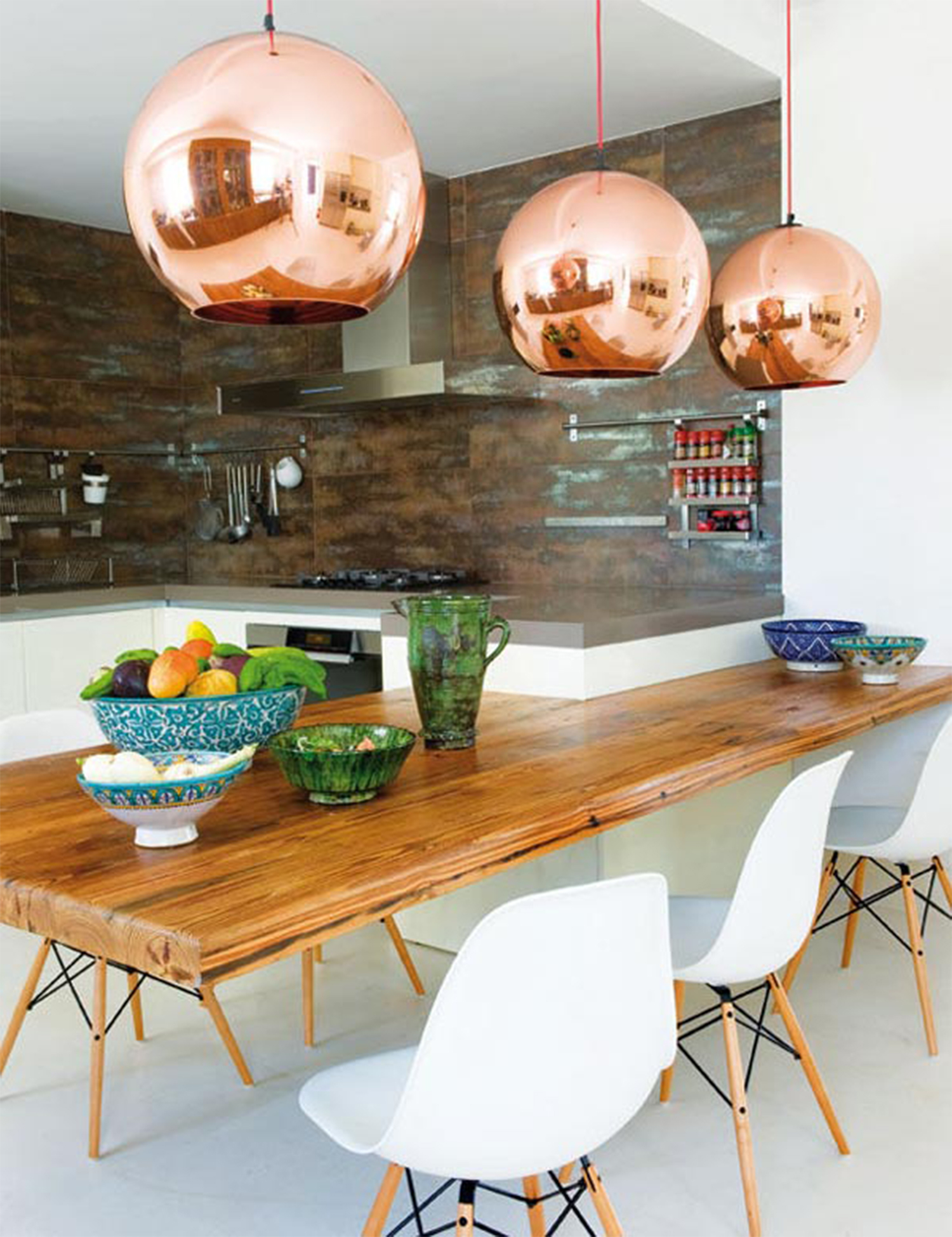 Copper Accents in the Kitchen | COCOCOZY