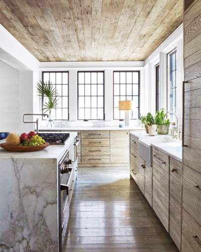 9 Noteworthy Rustic Wood Ceilings