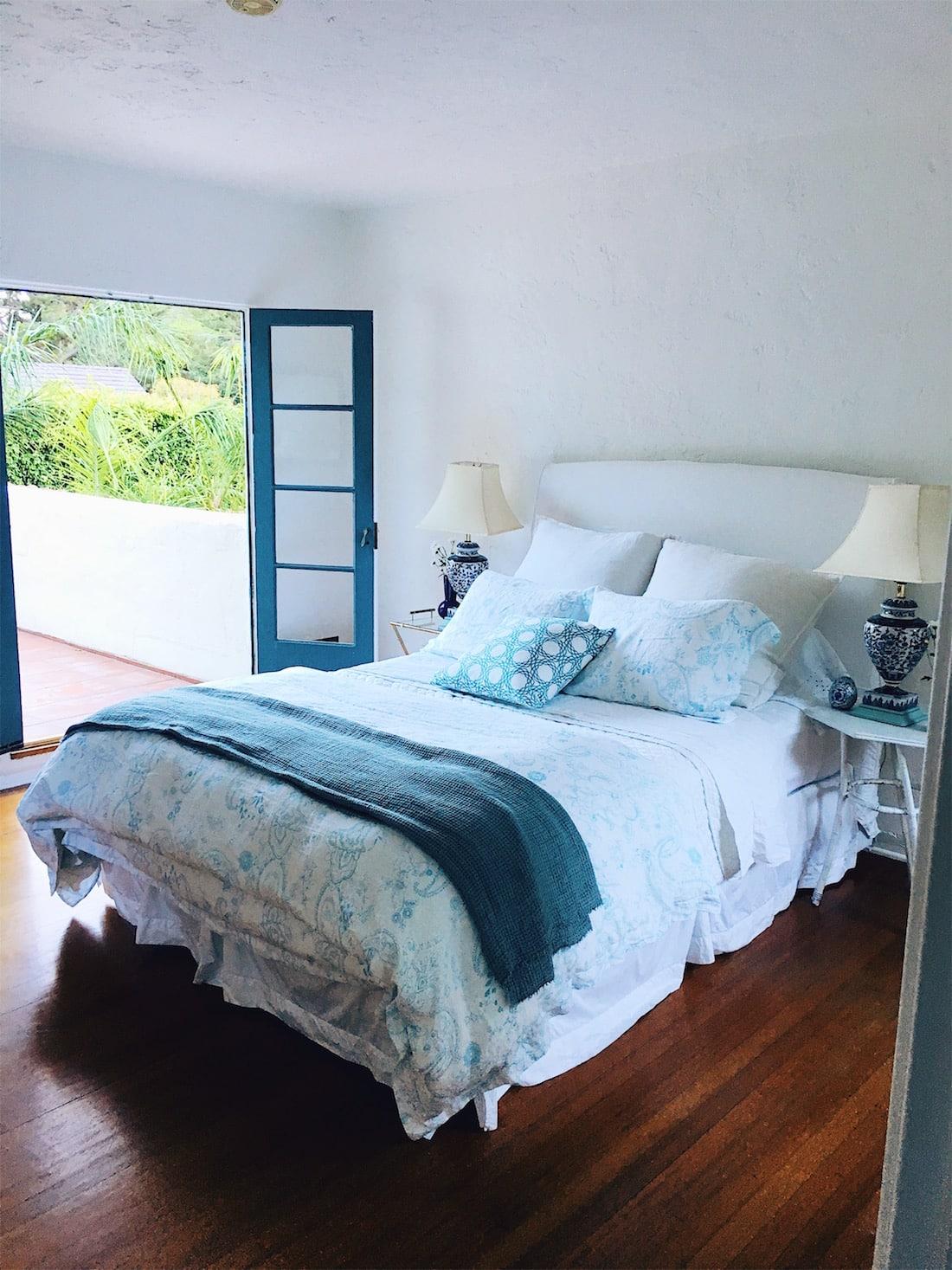My Master Bedroom Bedding | COCOCOZY