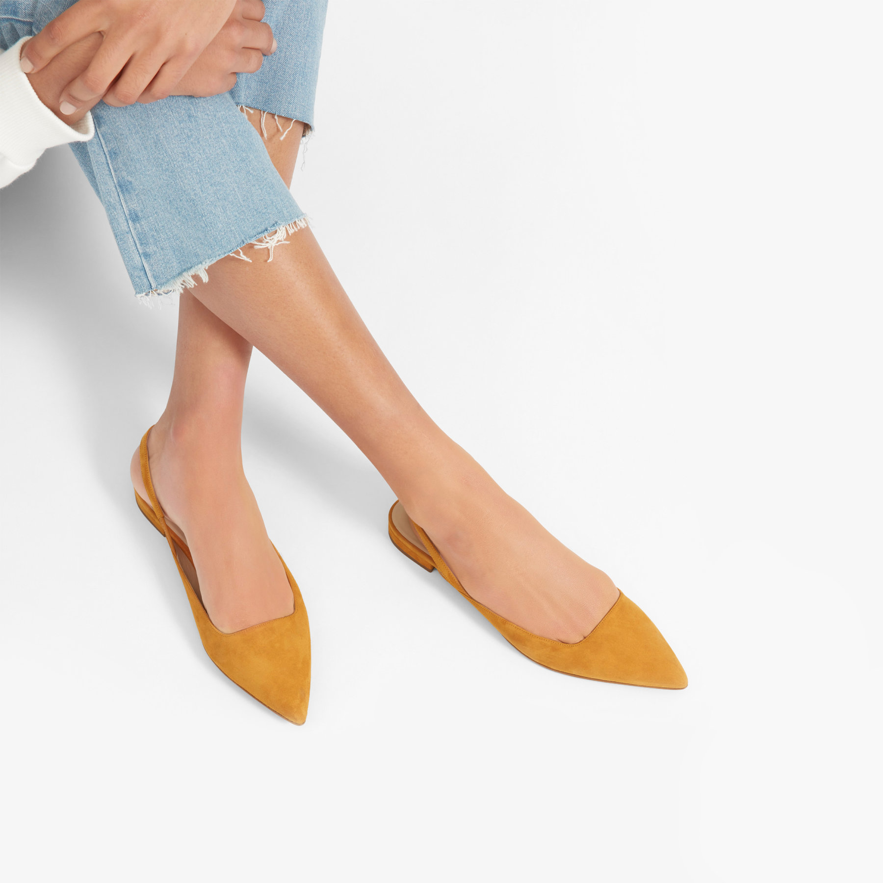 4b19eec57e2 17 of the Best Affordable Flats for Fall Winter