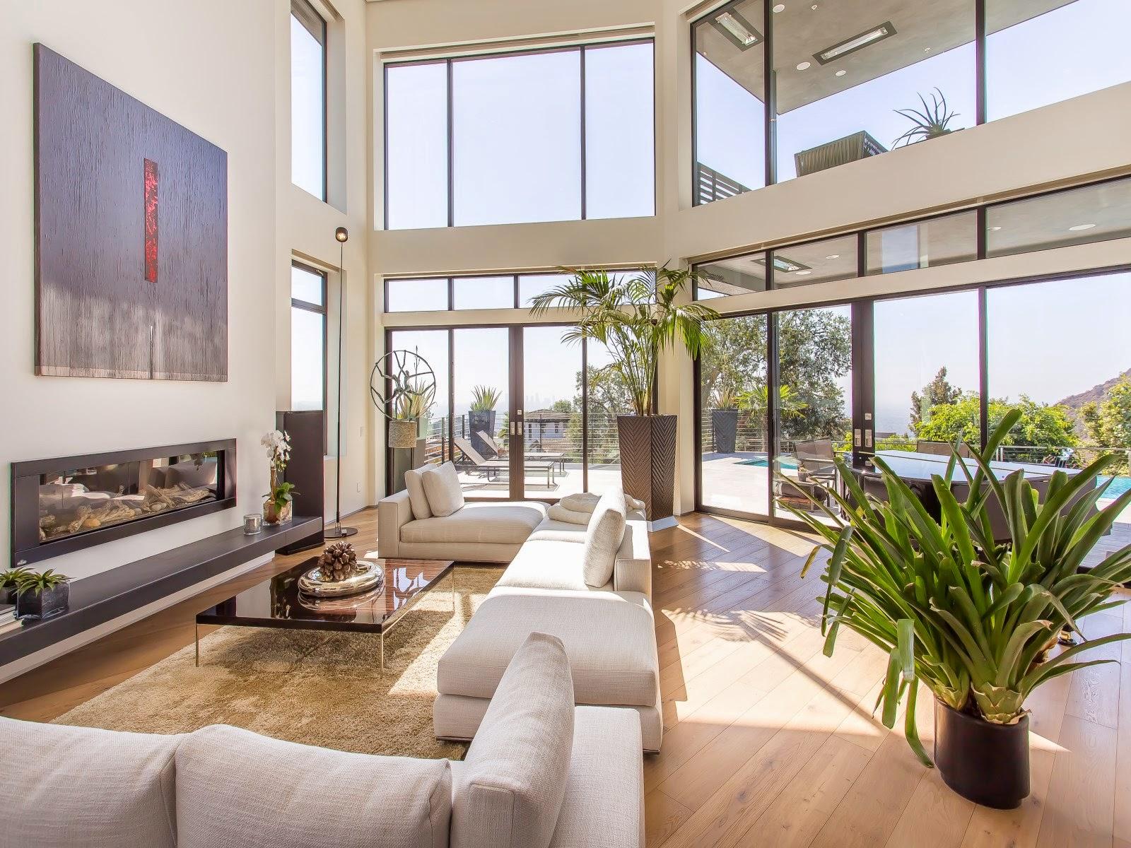 5 dashing 10 million dollar international homes cococozy for Modern million dollar homes