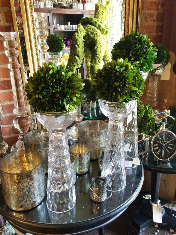 Glass stands with round topiary balls