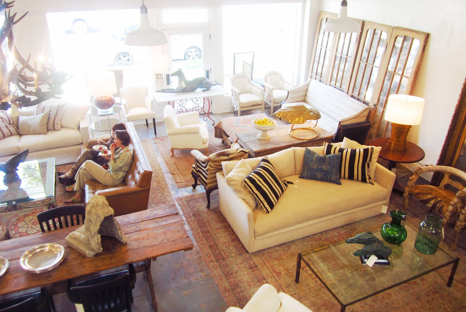 Interior Design Home Furniture Creative Stores In Los Angeles California Shop Watch Relaxed Elegance Reigns Supreme At Brenda Antin