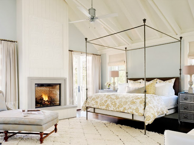 Elegant bedroom with a four poster bed