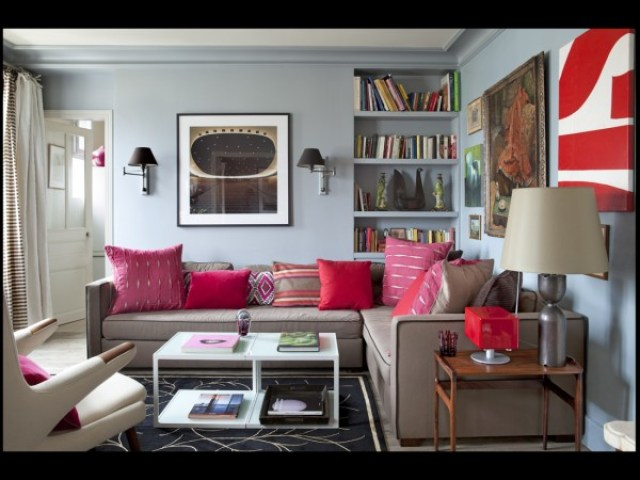 pink pillows gray walls tan sofa living room white coffee table modern art elle decor france decorate interior design