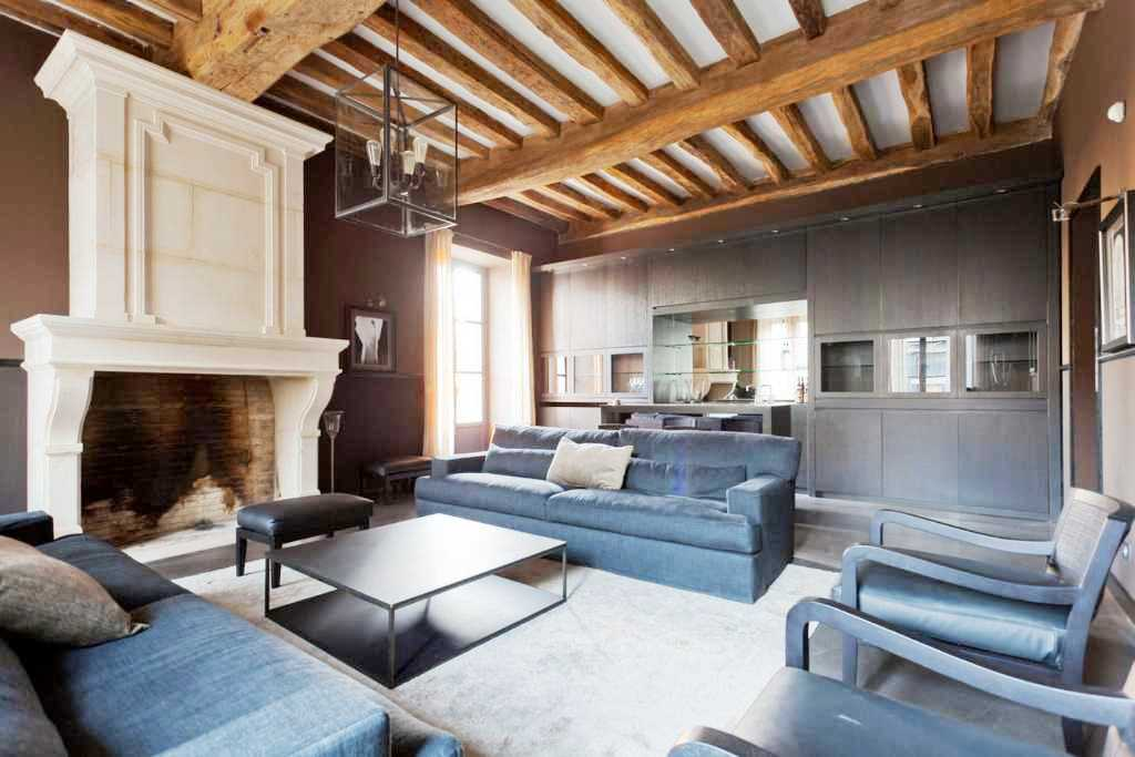 SEE THIS HOUSE: THE MODERN INSIDE OF AN OLD WORLD FRENCH CHATEAU ...