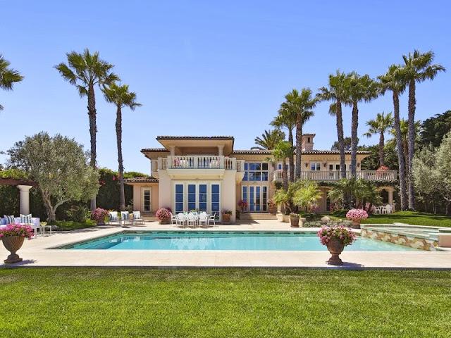 Backyard of a Malibu villa with a large pool