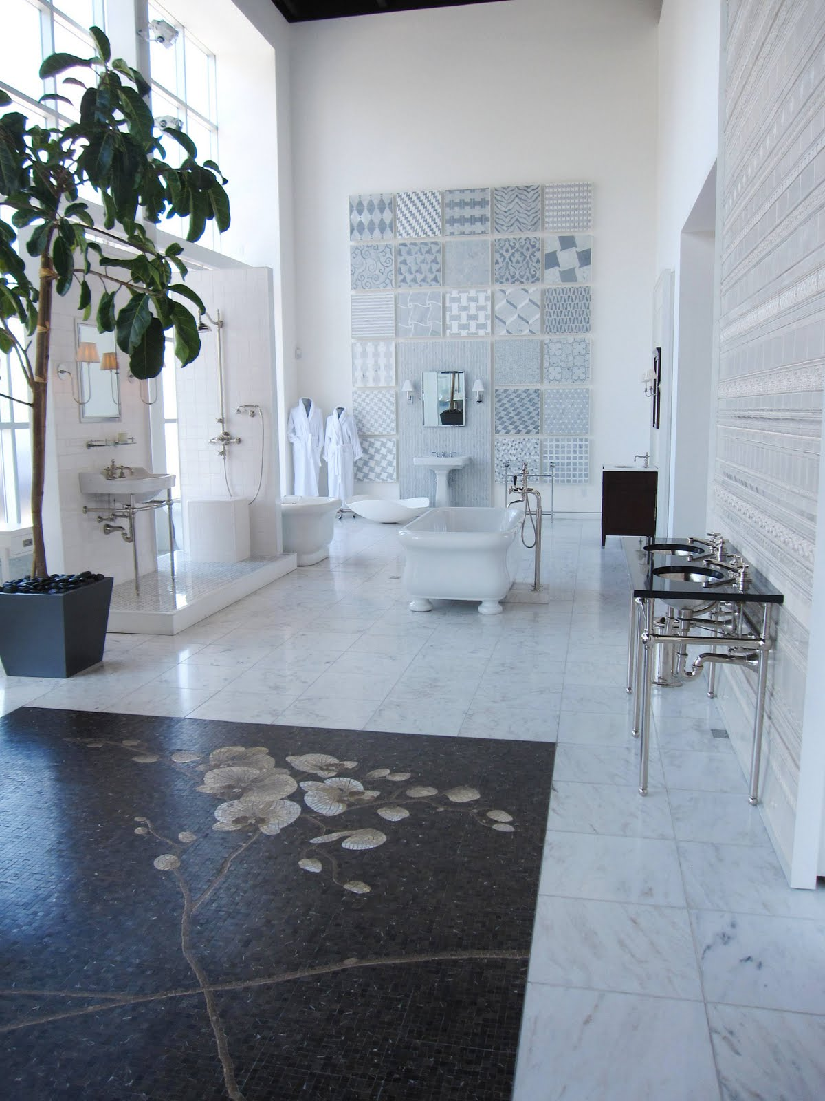 TILE FILE: WATER WORKS TO CUT INTRICATE MARBLE MOSAIC TILES! | COCOCOZY
