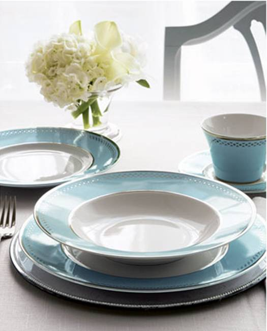 Blue banded dinnerware from Horchow & CHEAP TO CHIC: ON THE EDGE WITH A CLASSIC DINNERWARE PATTERN! | COCOCOZY