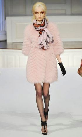 Model from Oscar de la Renta's runway show