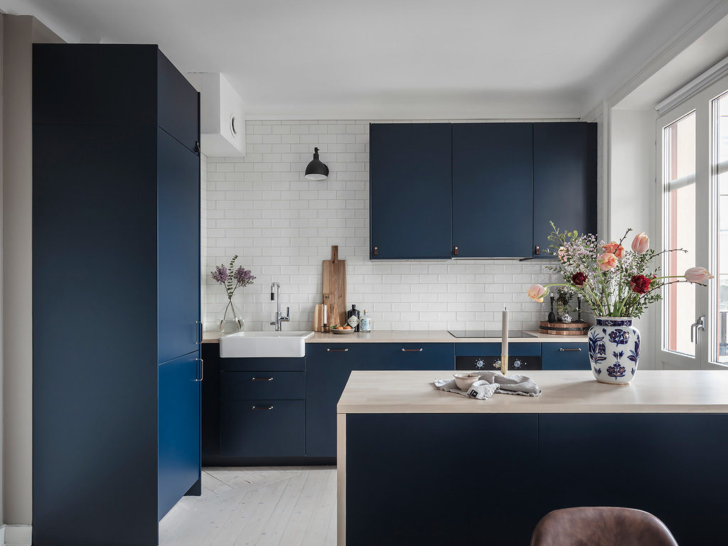 Blue living kitchen