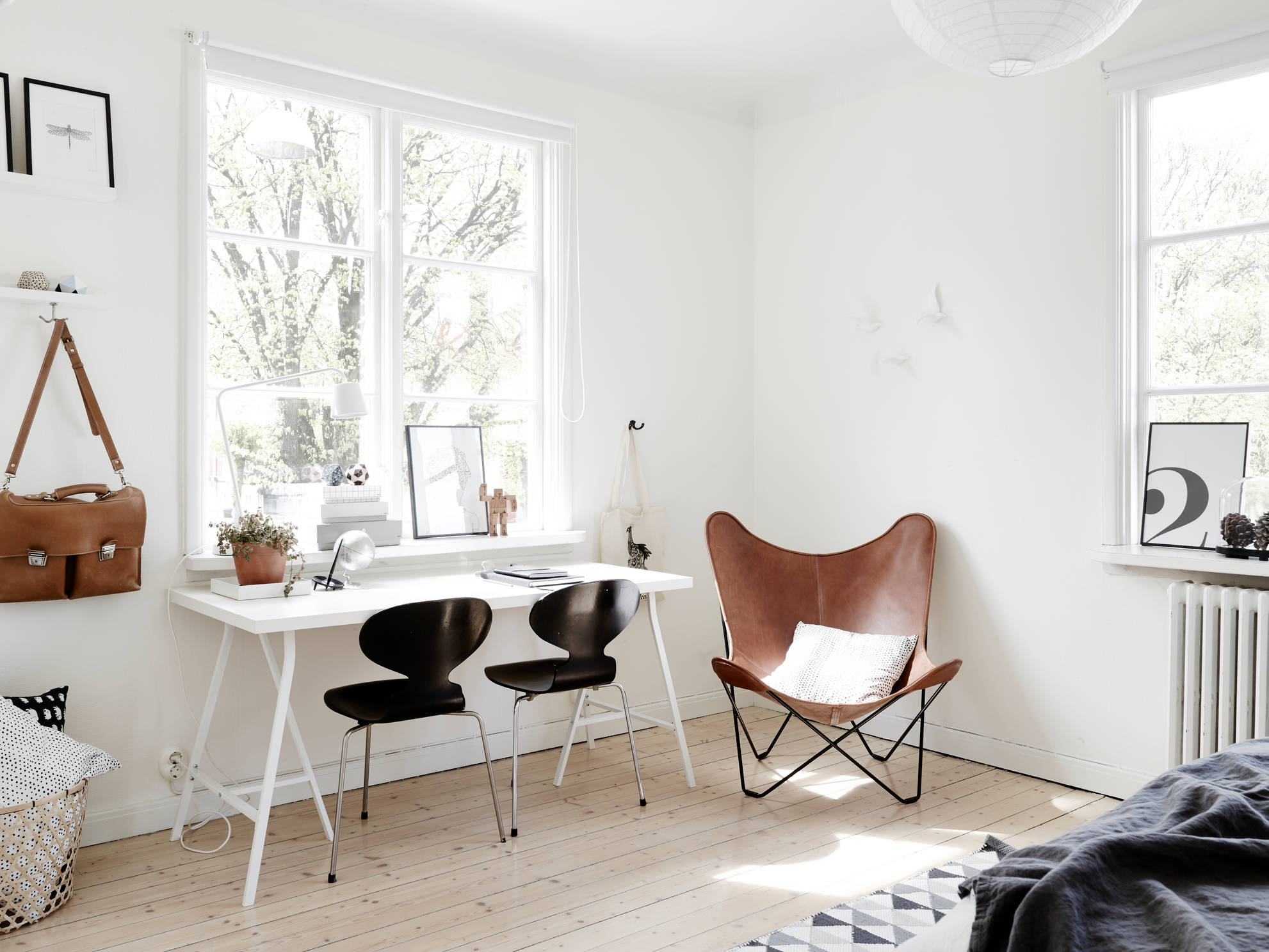 butterfly chair ikea desk bed bath and beyond bike in the living room coco lapine designcoco design
