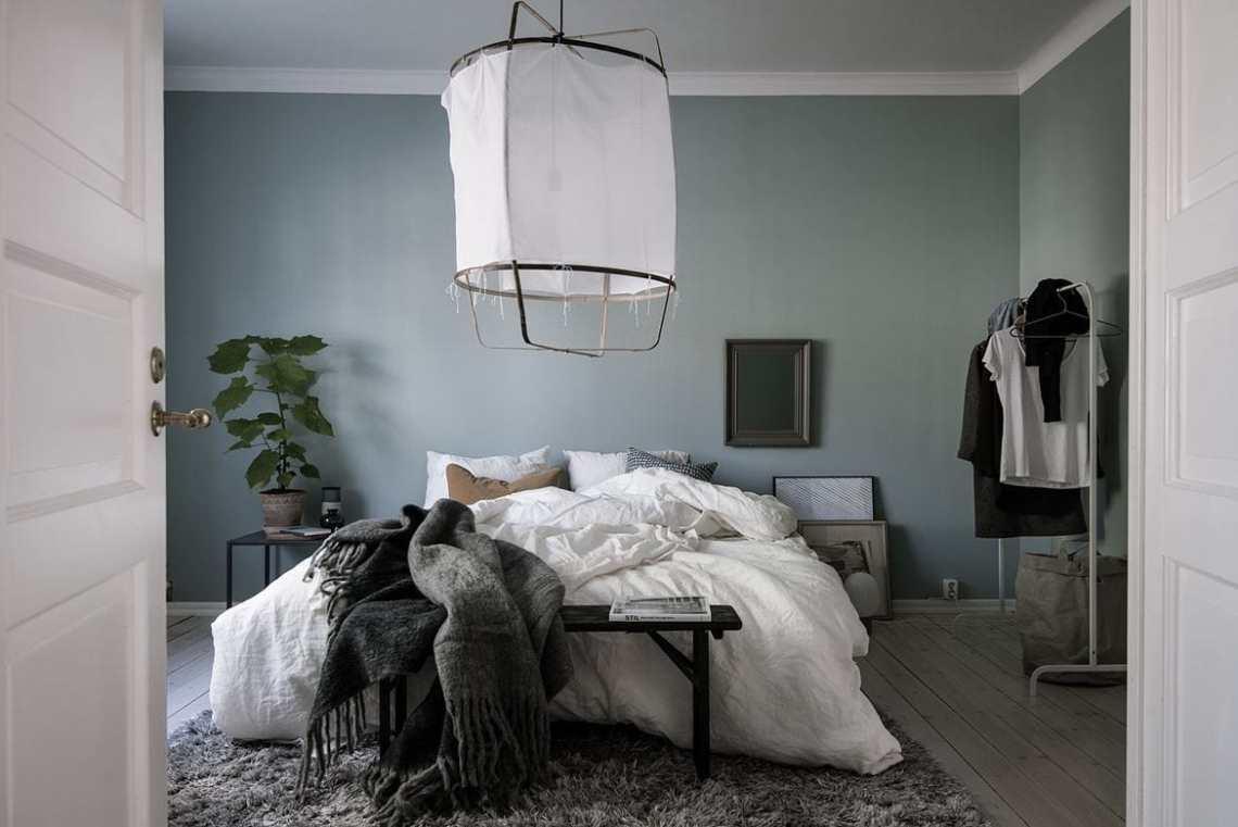 blue grey bedroom coco lapine designcoco lapine design. Black Bedroom Furniture Sets. Home Design Ideas