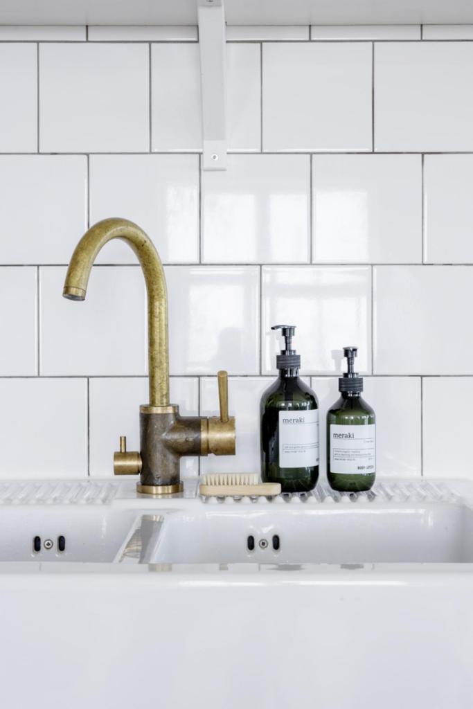 Minna Kitchen Faucet