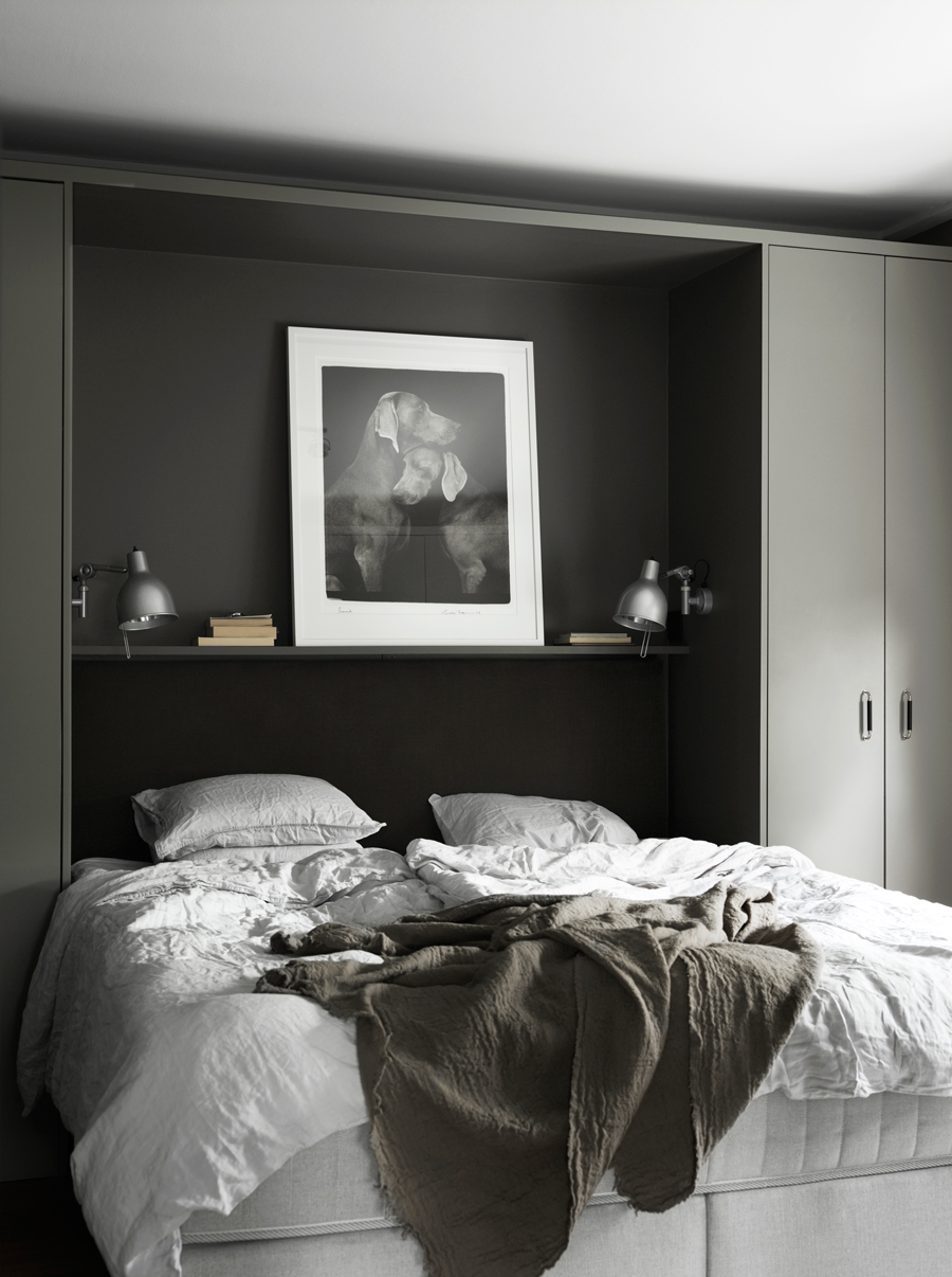 Dark bedroom with built in cabinets - COCO LAPINE ...