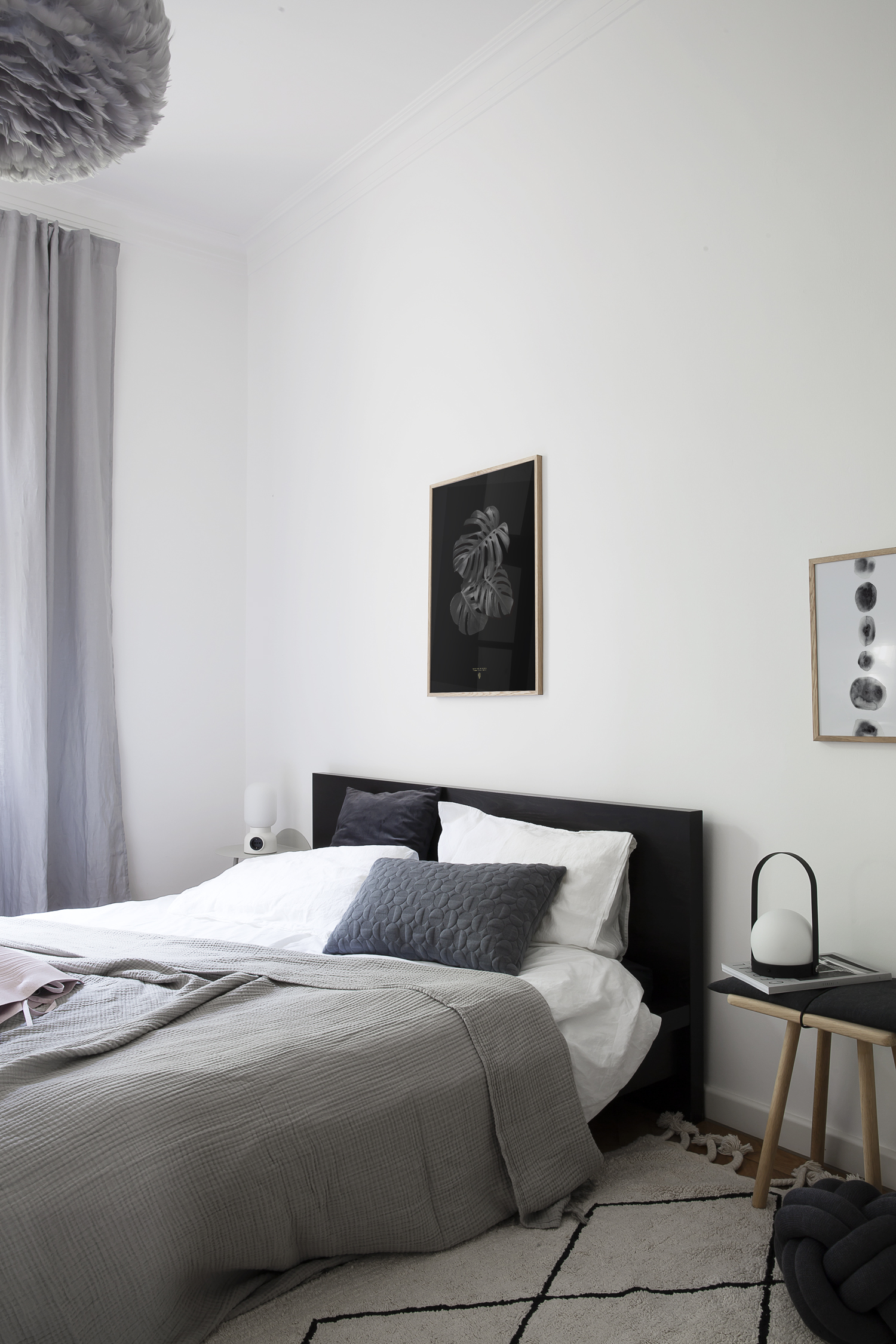 Bedroom Ideas: Cozy And Soft Bedroom Look With Connox