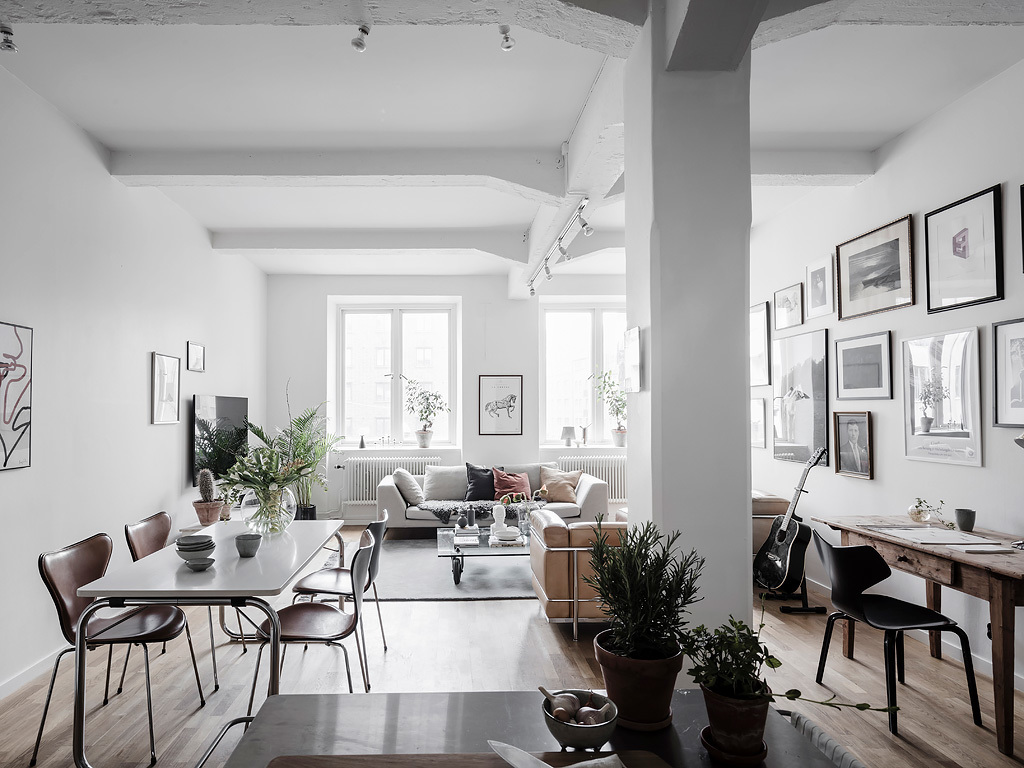Coco Lapine Design & Bright living room with an industrial touch - COCO LAPINE ...