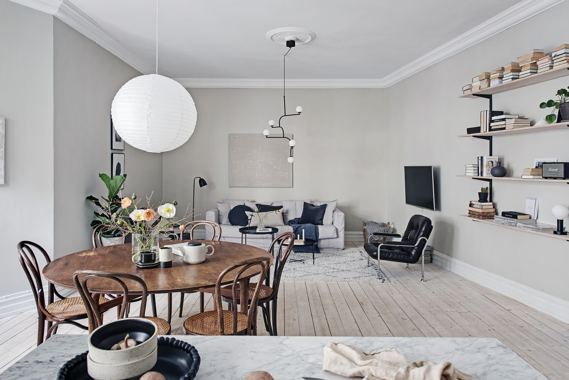 Stylish home in greige - via Coco Lapine Design blog