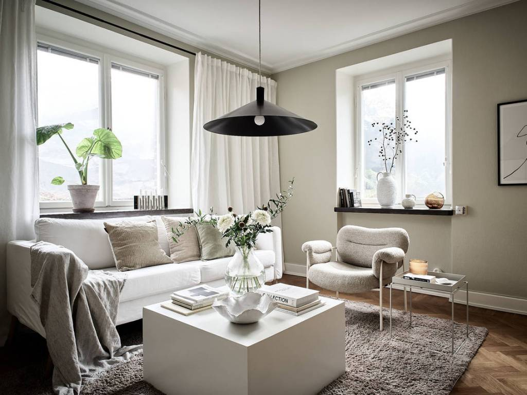 Home in green and beige